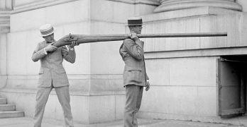 2 Gauge Shotgun: The World's Largest Scattergun
