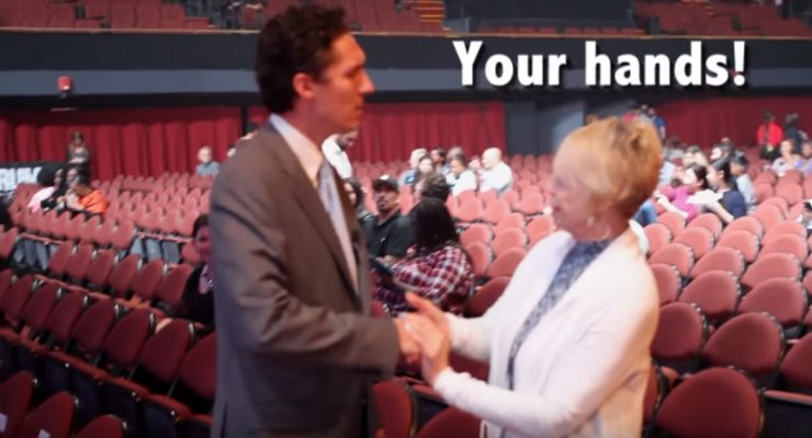 Fake Joel Osteen sneaks into event, trolls fans who mistake him for the famous charlatan evangelist