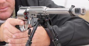Thundering .460 Magnum revolver destroys everything